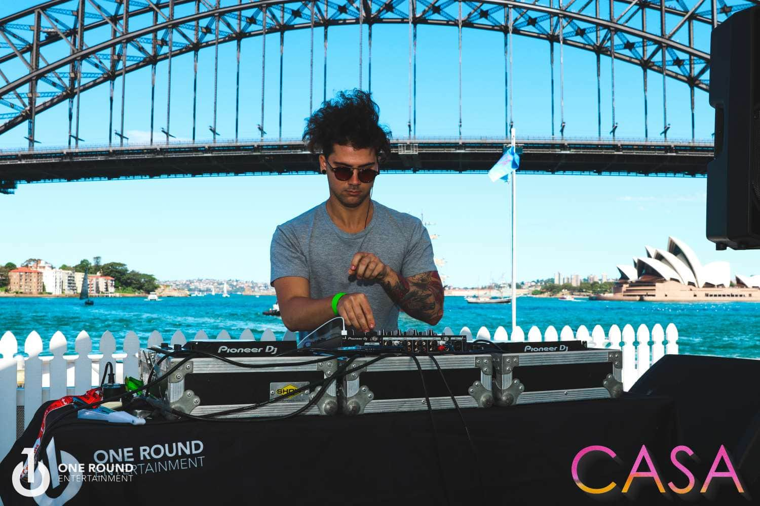 DJ - Sydney Habour Bridge - One Round Entertainment